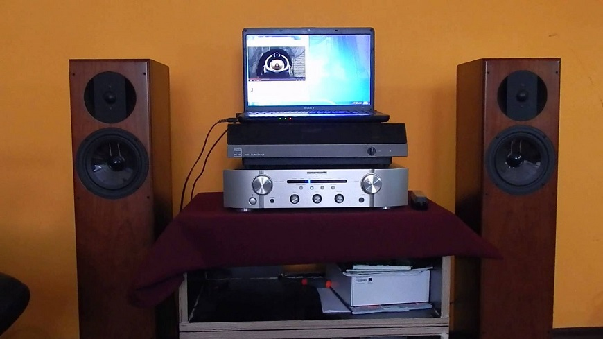 Ampli Marantz PM5005 chat