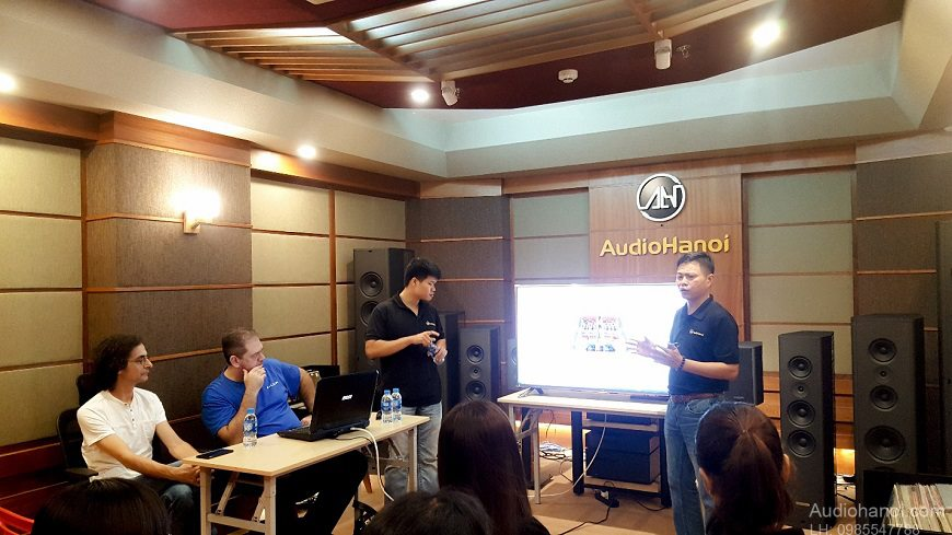 Audia Flight, Viva Audio, Pilium tai Audio Ha Noi chat